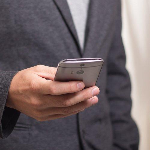 Aplikacje mobilne w komunikacji miejskiej coraz popularniejsze